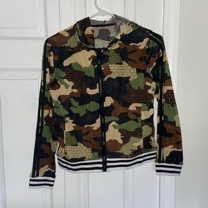 Army hooded zip up
